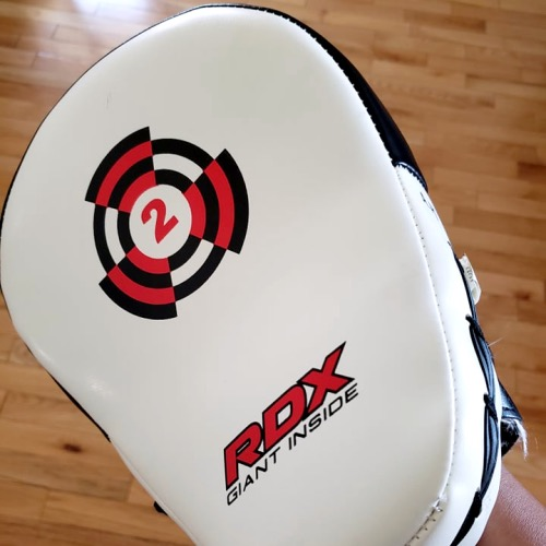 RDX T1 Curved Focus Mitts (Front)